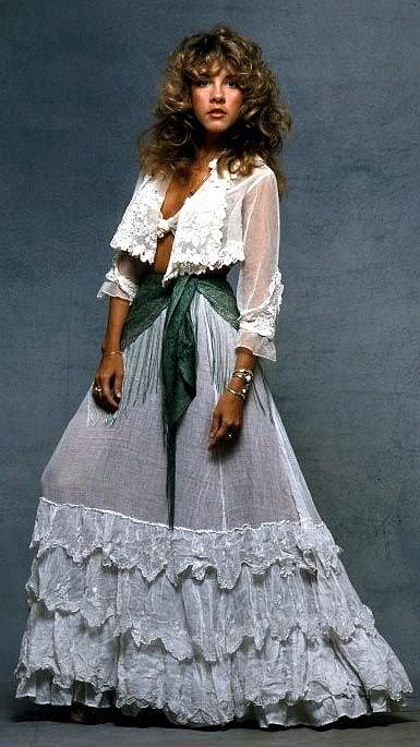 , Best 70s Women's Fashion, Outdressing